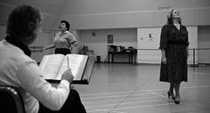 Marilyn Horne and Joan Sutherland in rehearsal with Richard Bonynge.