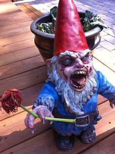 Doesn't matter how many I see, or how long ago I made my first Zombie Garden Gnome...I could never tire of them.
