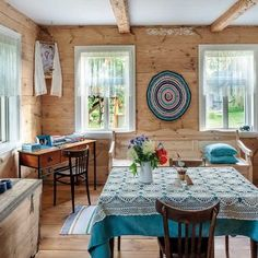 Cool Rooms, Sweet Home, Table Settings, Home And Garden, Farmhouse, Cozy, Patio, Rustic, Country