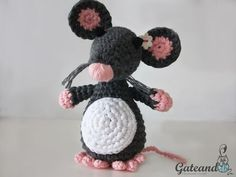 Make It: Mouse - Free Crochet Pattern ...Thanks so xox ☆ ★ https://uk.pinterest.com/peacefuldoves/