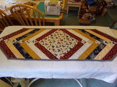 Quilt, sew Happy!: Saturday Showcase Happy Saturday, I Am Happy, Dollar Stores, Thrifting, Naked, Quilting, Sewing, Cover, Table