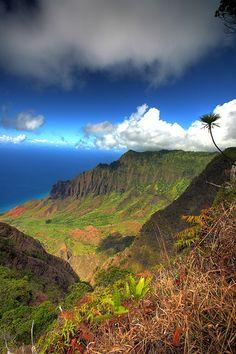 Kalalau Lookout - Kauai, Hawaii