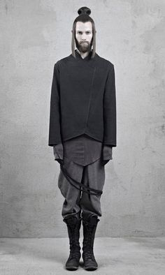 Guess it's OK to dress like this now. Look out, world! INAISCE 12A/W|ATRUM BLOG