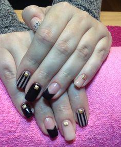 Gels nude black pinstripe black tips gold squares polka dot tips