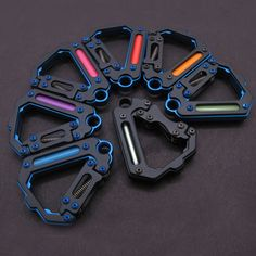 edc carabiners Wilderness Survival, Camping Survival, Tech Gadgets, Cool Gadgets, Alphabet, Everyday Carry Gear, Edc Tactical, Tactical Clothing, Go Bags