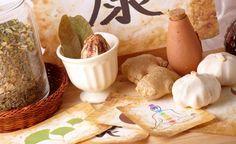 Die Traditionelle Chinesische Medizin nimmt an, dass der menschliche Körper Krankheiten bewältigen und sich wieder erholen kann, wenn er sich im Gleichgewicht befindet.