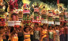 Galungan and Kuningan - Bali Tour To Heaven