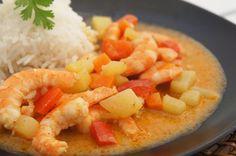 Langostinos en curry rojo estilo tailandés