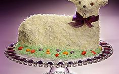 A coconut-covered chocolate lamb cake creates a festive finale for the Easter dinner. Bread Cake, Dessert Bread, Easter Dinner, Easter Party, Cranberry Orange Cake, Lamb Cake, Easter Lamb, Christmas Desserts, Easter Desserts