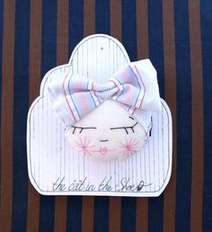 Oh My Beautiful Bow Brooch