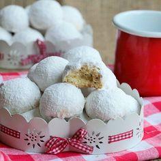 Limon aromalı,kıyır,kıyır enfes bir kurabiye.