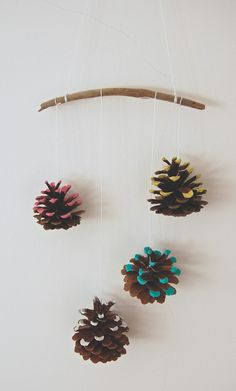 merry & bright pinecone DIY