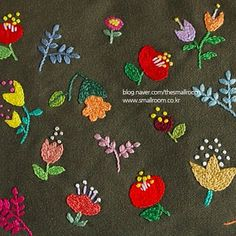 The Handbook of Silk Ribbon Embroidery - Embroidery Design Guide Ribbon Embroidery Tutorial, Hand Embroidery Flowers, Hand Work Embroidery, Embroidery Needles, Hand Embroidery Projects, Silk Ribbon Embroidery, Embroidery Applique, Embroidery Patterns, Machine Embroidery