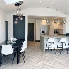 "Amtico Flooring on Instagram: ""Have you ever seen a more perfect space for hosting a summer get together? (📷 @thewilkinsonhome) with a gorgeous parquet Nordic Oak floor…"""
