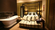 Enjoy a cosy stay in one of the UK's most charming towns in these handpicked hotels. See the full collection! York Hotels, About Uk, Cosy, United Kingdom, Luxury, Yorkshire, Bed, Collections, Inspiration
