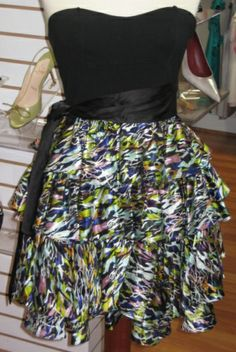 Has Multi Layer Skirt With Black Background BackgroundsColor PrintBlack