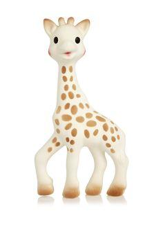 <p>Sofie de Giraf van 100% natuurlijk rubber. Sophie is speciaal ontwikkeld voor baby's vanaf 0 maanden. De giraffe laat de baby kennis maken met verschillende zintuigen. Het gespikkelde lichaam stimuleert de ogen, het grappige geluidje stimuleert het gehoor en laat de baby kennis maken met oorzaak-gevolg, de giraffe is voorzien van verschillende uitsteeksels waar de baby op kan sabbelen, de buitenzijde is voorzien van een zacht laagje, de lange dunne poten zijn ideaal voor het baby-handje…