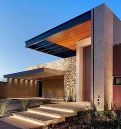 Big Houses Exterior, Modern Exterior House Designs, Modern Villa Design, Dream House Exterior, Modern Architecture House, Exterior Design, Modern House Facades, Amazing Architecture, Facade Design