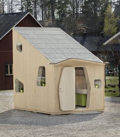 In Sweden, A Beautiful 10-Square-Meters Micro-Cottage Designed For Students