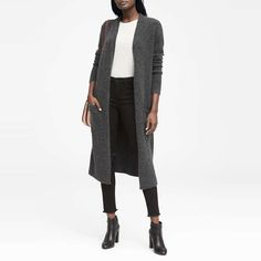 Your Favorite Fall Layer Has Arrived. See the 10 best long cardigans here. Duster Cardigan Sweater, Cardigan Outfits, Long Cardigan, Long Sweaters, Sweaters For Women, Work Fashion, Fall Outfits, Work Outfits, Banana Republic