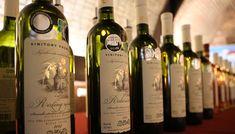 VVD - Dvory nad Žitavou   … víno, ktoré chutí … Wine, Drinks, Bottle, Drinking, Beverages, Flask, Drink, Jars, Beverage