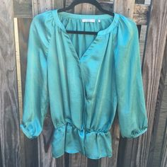 Violet & Claire teal blouse SIZE: Small  MATERIALS: 100% polyester DETAILS: only worn a few times, but still in perfect condition. Not Anthro - just listed for views! Pet & smoke free home. Please make me an offer with the offer button!  💕 Anthropologie Tops Blouses