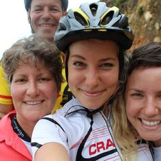 unclippedadventure.com  Tegan & her family cycling Africa