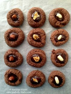 Cookies cu ciocolata si baylis Cookies with chocolate, baylis and nuts
