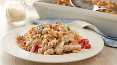 Skinny Tuna less sat fat less fat fewer calories than the original recipe. An all-time classic gets slimmed down. Tuna Pasta Casserole, Casserole Recipes, Noodle Casserole, Pasta Dishes, Food Dishes, Main Dishes, Skinny Recipes, Healthy Recipes, Fish Dinner