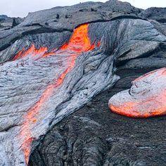 Hawaii lava flows