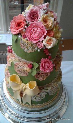 wedding cake flowers! www.brayola.com