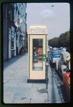 Irish payphone picture from you can just make out the old Button A/B phone equipment Irish Restaurants, Irish Rovers, Images Of Ireland, Irish Landscape, Castles In Ireland, Irish Culture, Dublin City, Irish Traditions, Dublin Ireland