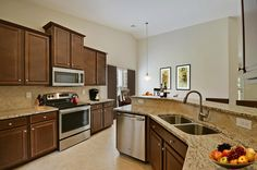 Looking for a place to cook some DINNER? Is this @lennarmyrtlebch kitchen a WINNER?