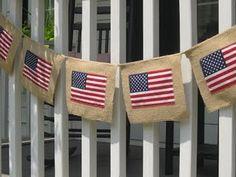 Outdoor burlap 4th of July banner via uncommon design