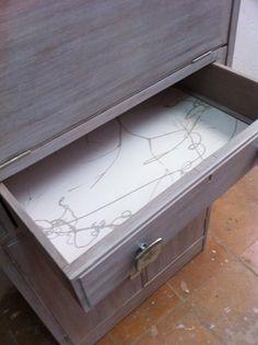JUAN C ESCUDERO: Mueble restaurado y acabado en vetas grises