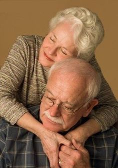Growing old together. Older Couples, Couples In Love, Mature Couples, Vieux Couples, Grow Old With Me, Growing Old Together, Old Folks, Everlasting Love, Young At Heart