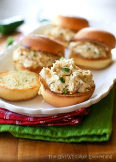 "Jalapeno Popper Chicken Sliders - ""Dude Food"" at its finest {The Girl Who Ate Everything}"