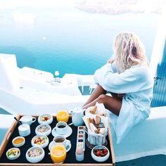What a beautiful view   Santorini, Greece  Greece Vacation  Zougang zum Site fir Informatiounen   https://storelatina.com/greece/travelling  #ギリシャ #greecetravel #vacaciones #grecja