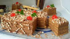 Tarta de galletas con chocolate.Paso a paso en imágenes y vídeo para una tarta de galletas tipo maría cuadradas con crema de chocolate casera. Muy fácil.