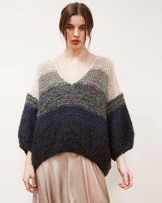 Mesdemoiselles #knit #knits #knitted #knitting #knitwear #knitstagram #knitstyle #knittinglove #knitting_inspiration #knittinglife #knitting_is_love #instaknit #inspoknit #inspiration #sweater #вязание #вязанаямода #вязаниеспицами #вяжутнетолькобабушки #модноевязание #стильноевязание #свитер #кардиганспицами