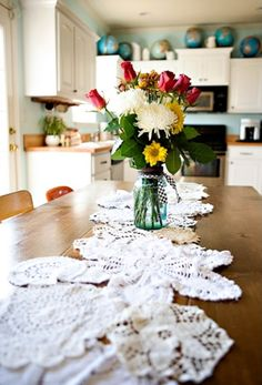 12 Crafty Table Runners
