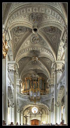 https://flic.kr/p/EsHhY St. Andreas- Dusseldorf, Germany