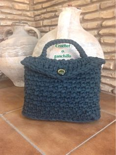 Crochet o ganchillo: BOLSO DE TRAPILLO VERDE OLIVA