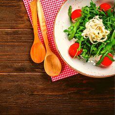 🥗Μπες στο www.mammapizza.gr, επίλεξε τα αγαπημένα σου από μία λίστα υλικών και φτιάξε τη δική σου σαλάτα 🥗!!!! Αποκλειστικά δική σου γεύση με τα πιο φρέσκα μας υλικά! ️🛒www.mammaspizza.gr ☎23210 50888 Pizza, Salad, Kitchen, Cooking, Kitchens, Salads, Cuisine, Lettuce, Cucina