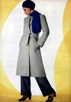 L'Officiel magazine 1969 Saint Laurent