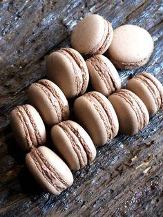 chocolate macarons ....ummmm