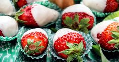 Chocolate-covered strawberries are a simple yet sophisticated treat, but you can't always enjoy them all at once. Use firm berries at peak ripeness and let the chocolate. Homemade Chocolate, Hot Chocolate, Chocolate Week, Chocolate Dipped Strawberries, Strawberry Dip, Strawberry Shortcake, Clean Eating Snacks, Snack Recipes, Thm Recipes