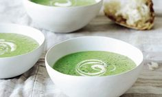 Mary Berry Family Sunday Lunches: Pea and mint soup