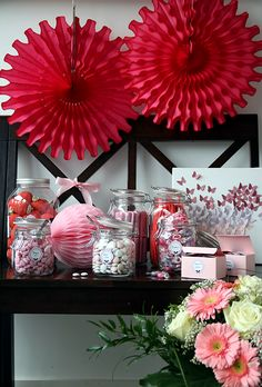 sweets table sweet table pinterest. Black Bedroom Furniture Sets. Home Design Ideas