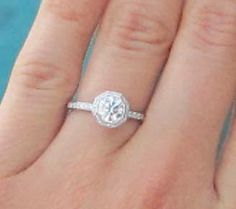 Halo e-rings anyone? =) :  wedding diamond e ring engagement ring halo moissanite Engagementring